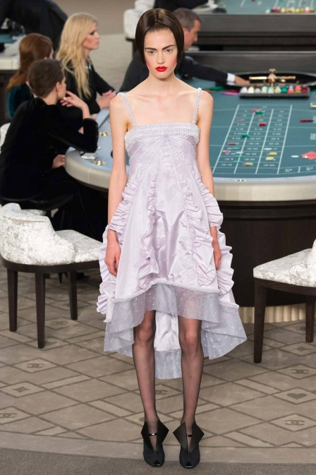 Pastel dress with red lips - Chanel