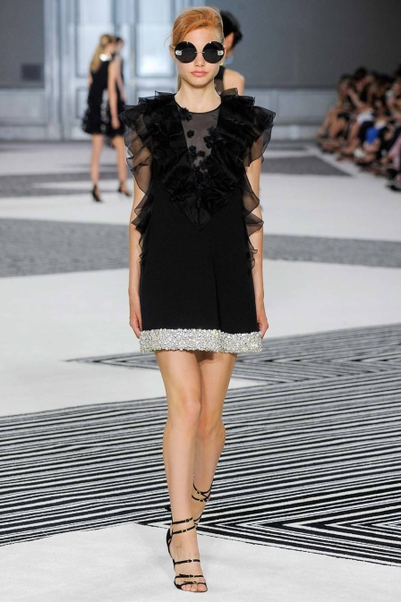LBD with a twist - Giambattista Valli
