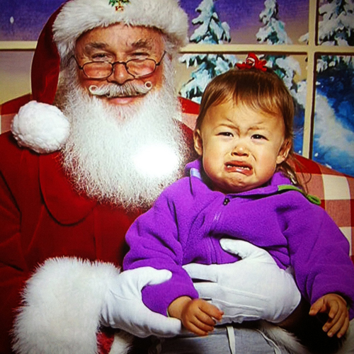 santa with screaming kid 4