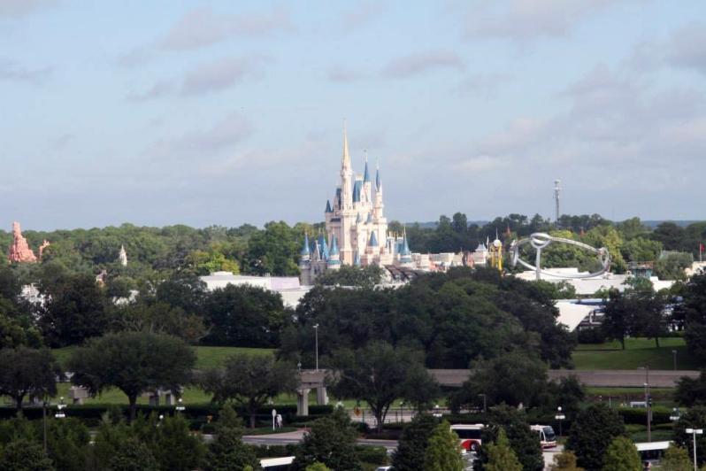 magic kingdom daytime